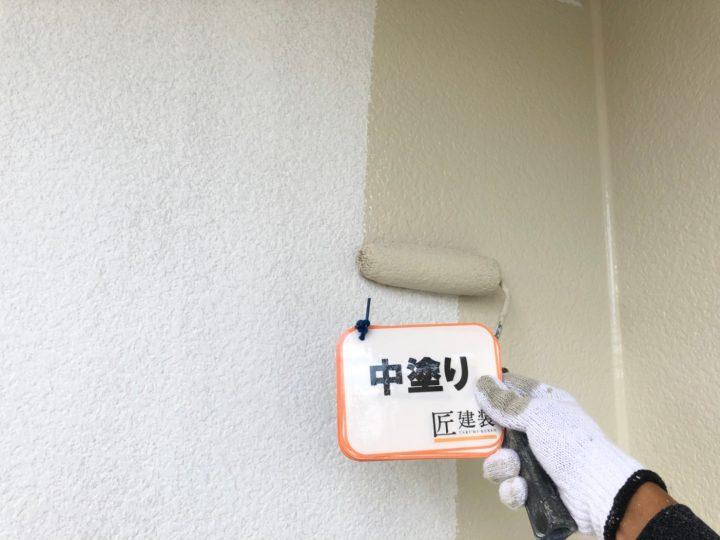 外壁塗装 中塗り(2階)